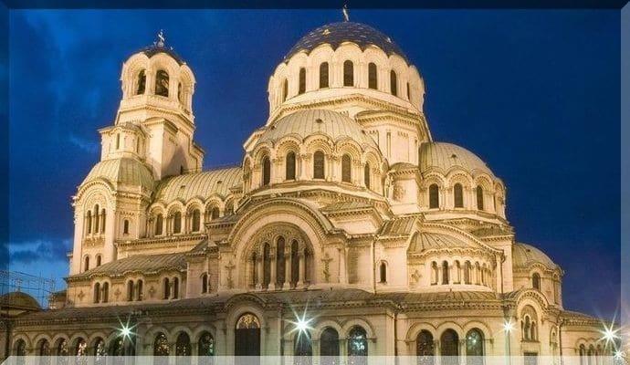 Достопримечательности Болгарии - Храм-памятник Александра Невского